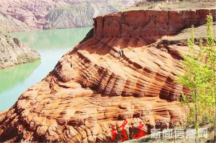 李博到我县调研脱贫攻坚工作和文化旅游发展情况