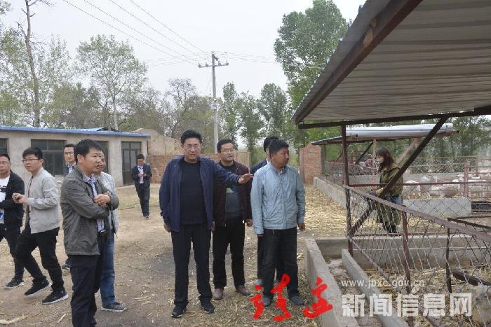 刘维平调研扶贫工作时强调 借乡村振兴东风  多点发力拔穷根