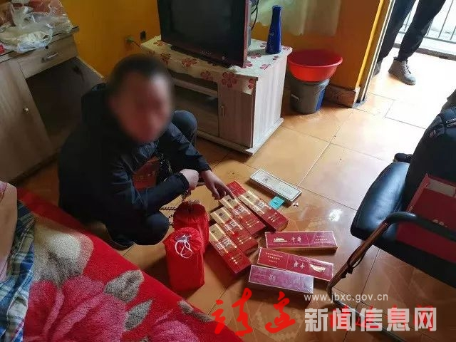 靖边县公安局成功破获系列盗窃车内财物案